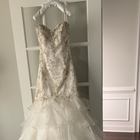 Maggie Sottero Dresses & Skirts - MAGGIE SOTTERO AGNES WEDDING DRESS